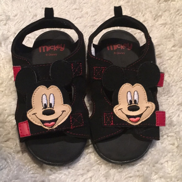 c0e607c9f624 Disney Other - 💕Mickey Mouse sandals💕